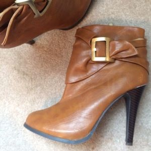 Shoes - Light Brown/ Tan Bootie Boots